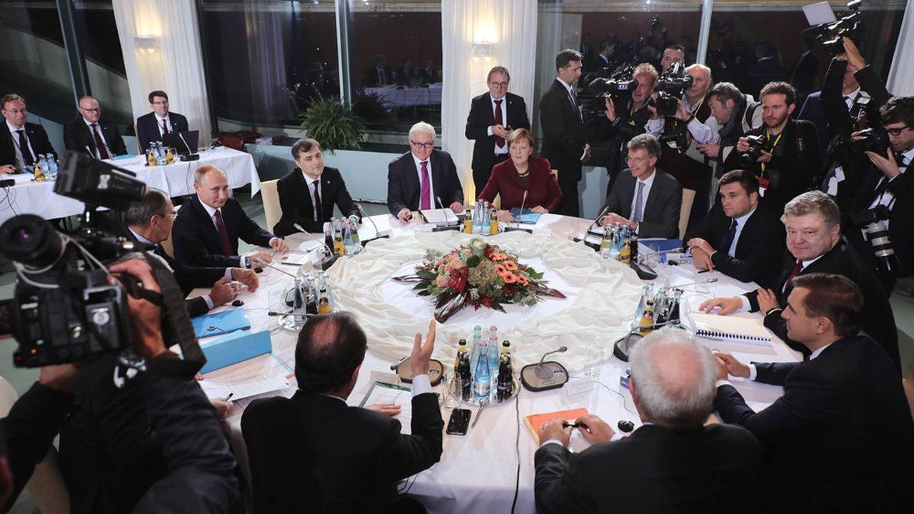 La dernière rencontre réunissant les dirigeants allemand (Angela Merkel) russe (Vladimir Poutine), français (François Hollande) et ukrainien (Petro Porochenko), leurs ministres et leurs conseillers a eu lieu à Berlin le 19octobre 2016.