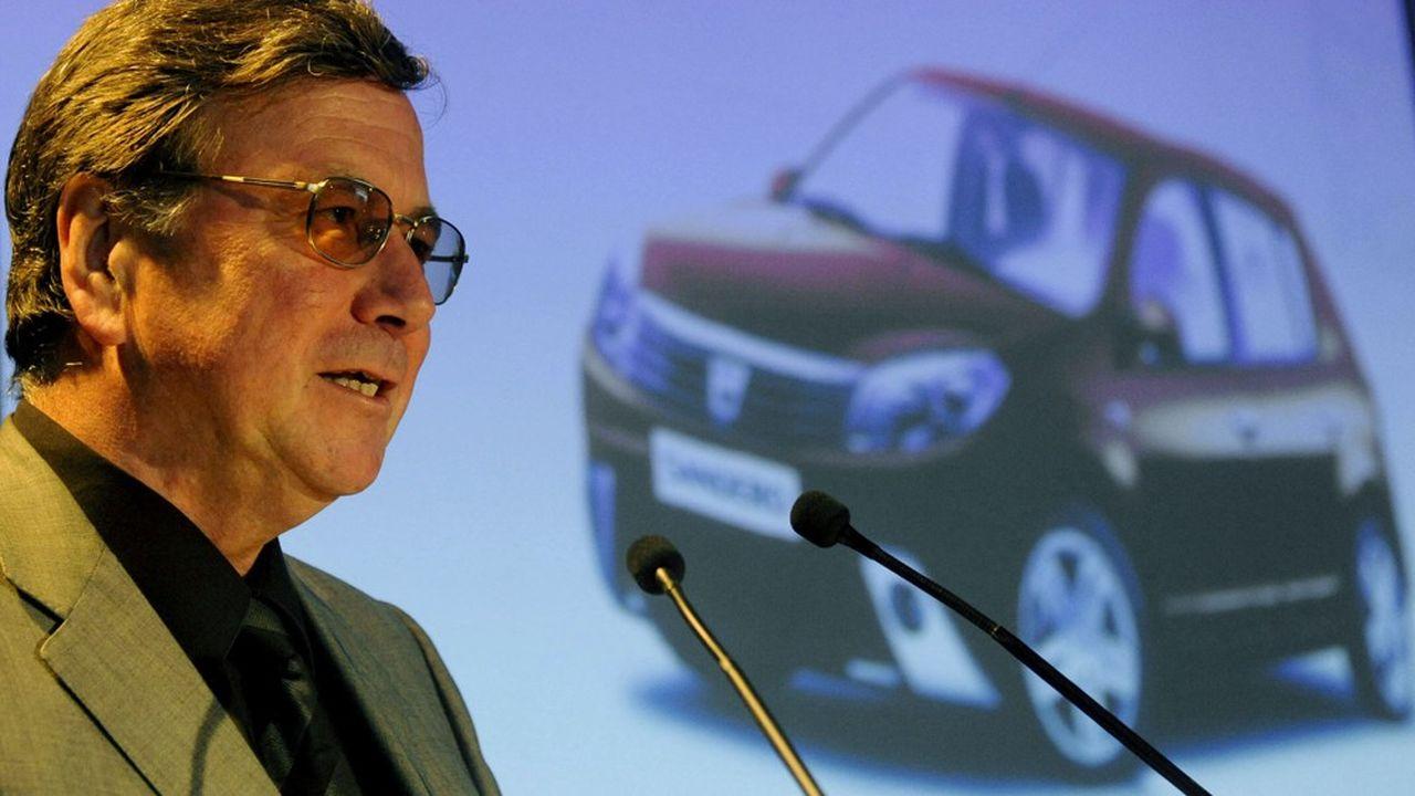 Après avoir occupé différents postes de direction, il a rejoint en 2001 la filiale roumaine Dacia, en tant que directeur du développement industriel et des projets-véhicules.