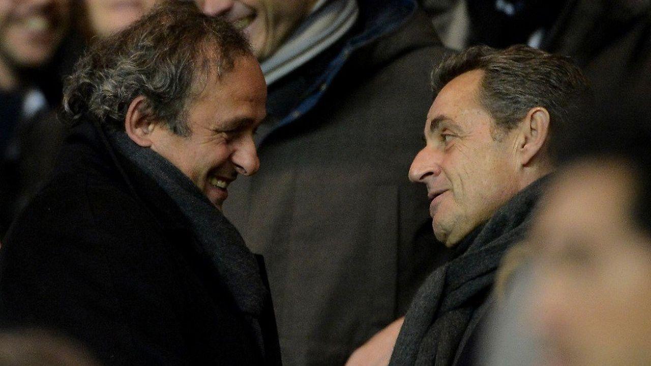 La justice française s'intéresse à une réunion secrète à l'Elysée, à laquelle participaient Michel Platini et Nicolas Sarkozy.