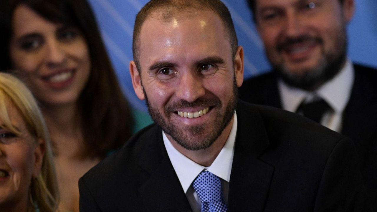 Le président argentin Alberto Fernández aura pour lourde tâche de renégocier le prêt accordé par le FMI, mais il pourra s'appuyer sur le nouveau ministre de l'Economie Martin Guzman (ci-dessus), chercheur à la prestigieuse Columbia University à New York et disciple du prix Nobel Joseph Stiglitz.