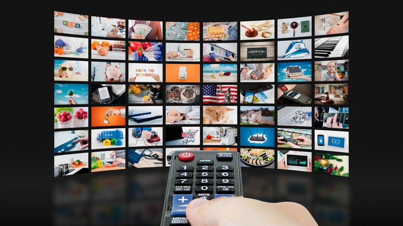 Les recettes publicitaires de la télévision sont attendues en baisse cette année, un peu partout dans le monde, même si la France devrait mieux résister.