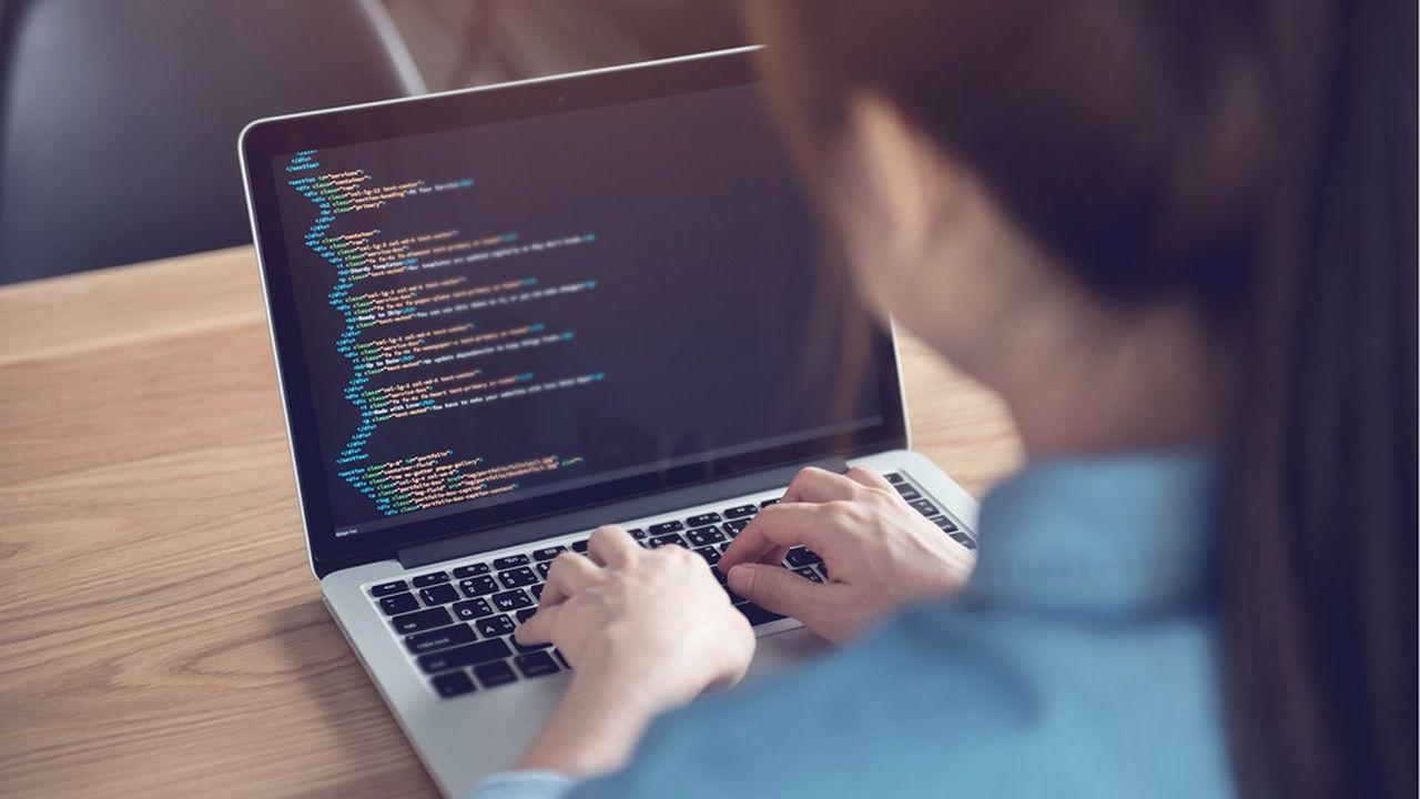 De nombreux jeunes français refusent de se tourner vers les métiers de la tech car ils ne se reconnaissent pas dans le portrait de l'ingénieur-informaticien qui leur est dressé.
