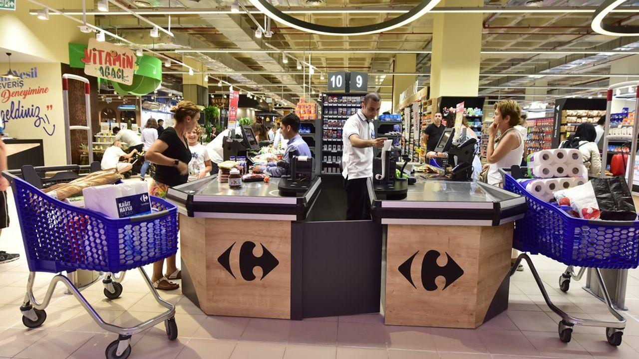 Un tiers des hypermarchés Carrefour en France, environ, seraient déficitaires selon la revue «Linéaires».