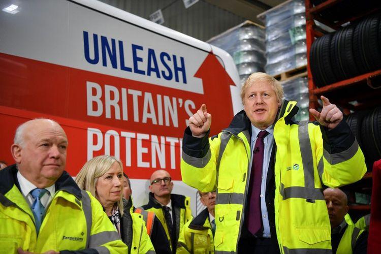 Boris Johnson au cours d'une visite près de Sunderland, le 9 décembre 2019.