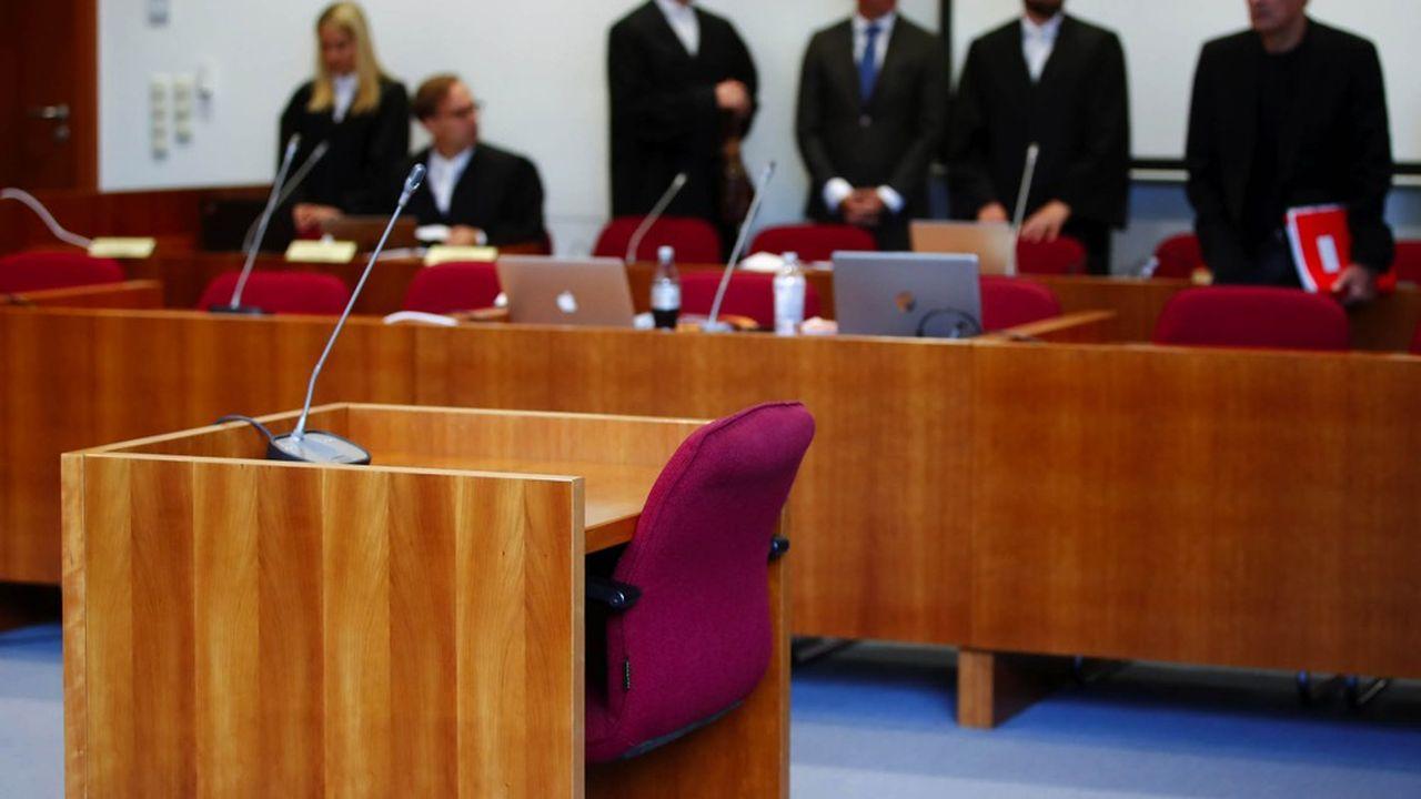 Dans la seule affaire traitée à Bonn, 447,5millions d'euros, en comptant les pénalités, auraient été dérobés au fisc entre2006 et2011.