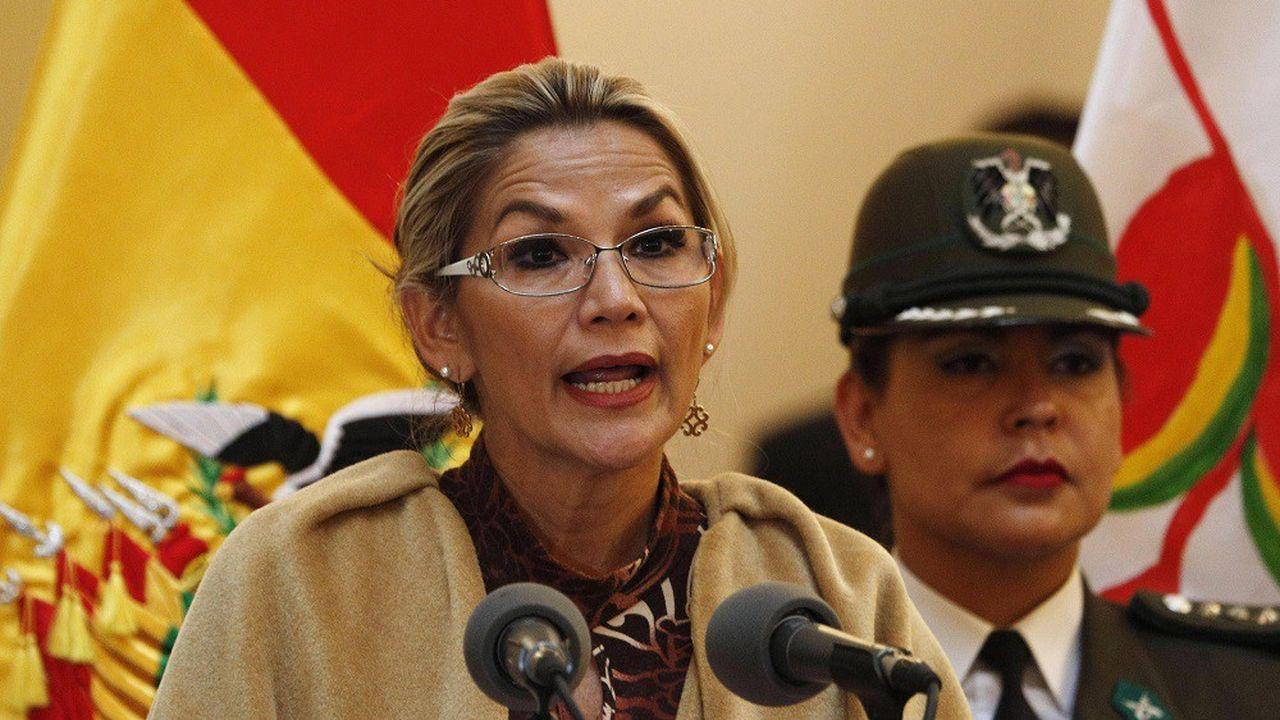 La présidente par intérim de la Bolivie, Jeanine Anez.