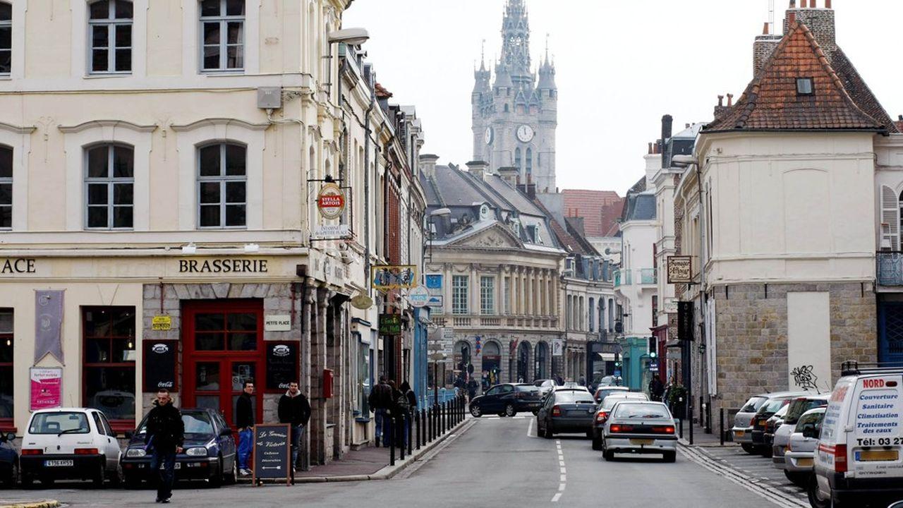 A Douai comme dans d'autres communautés en France, l'attente est longue pour obtenir un médecin délivrant un certificat de décès à domicile le week-end.