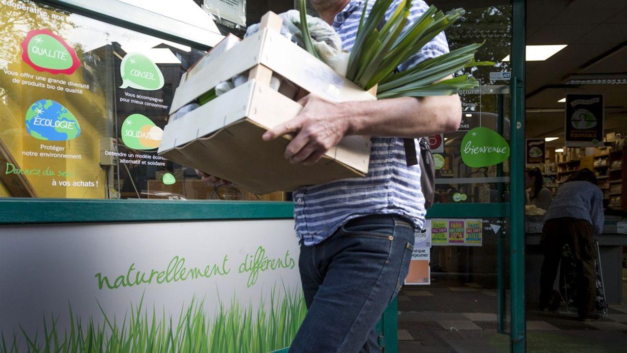 79% des Français achètent systématiquement ou souvent des produits locaux et 72% privilégient les références réduisant les emballages, notamment plastiques.