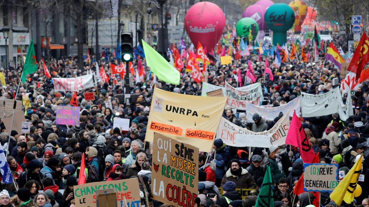 Un quart des enseignants sont en grève, ce mardi, selon le ministère de l'Education nationale, dont 25% en moyenne dans le premier degré et 23% dans le second degré.