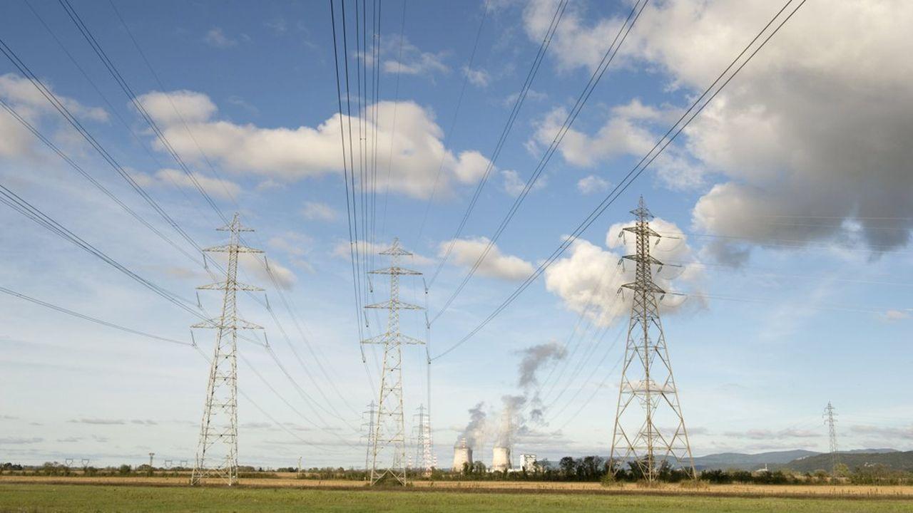 Près de 100.000 foyers français ont été privés d'électricité.