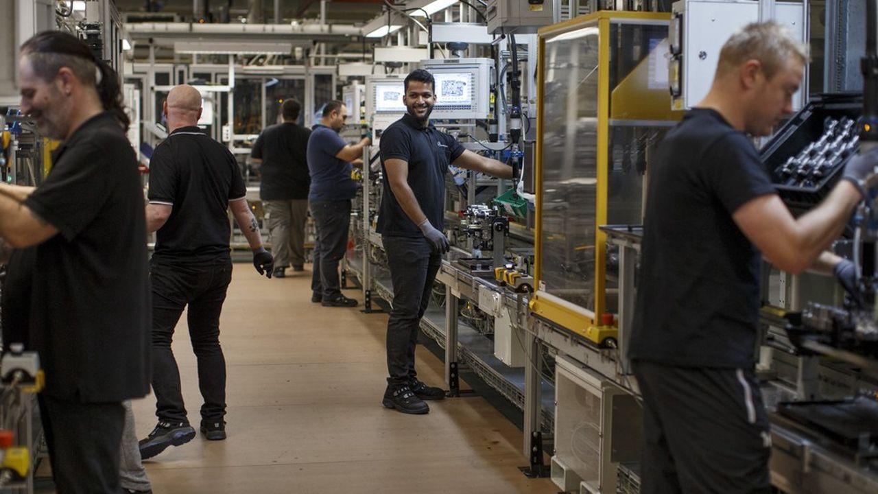 Selon la dernière enquête de la chambre de commerce et d'industrie allemande (DIHK), 56% des entreprises décrivent la pénurie de travailleurs qualifiés comme leur plus grand risque commercial.