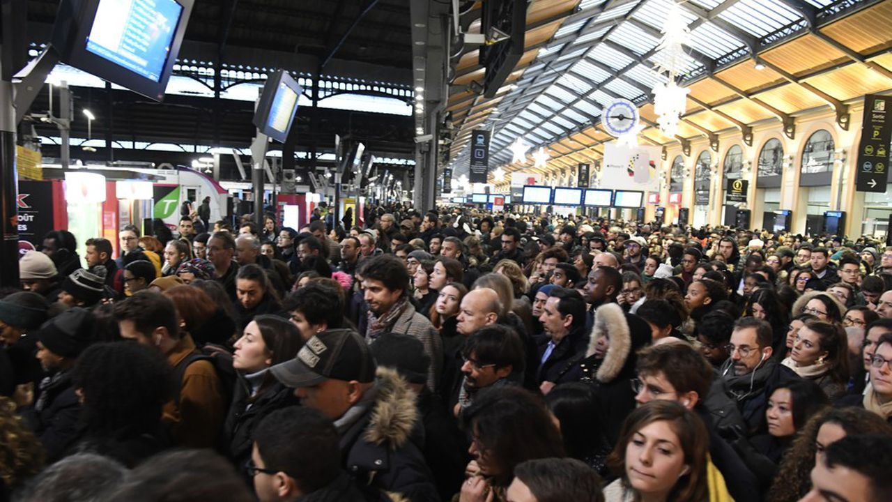 A la gare Saint-Lazare ce lundi.