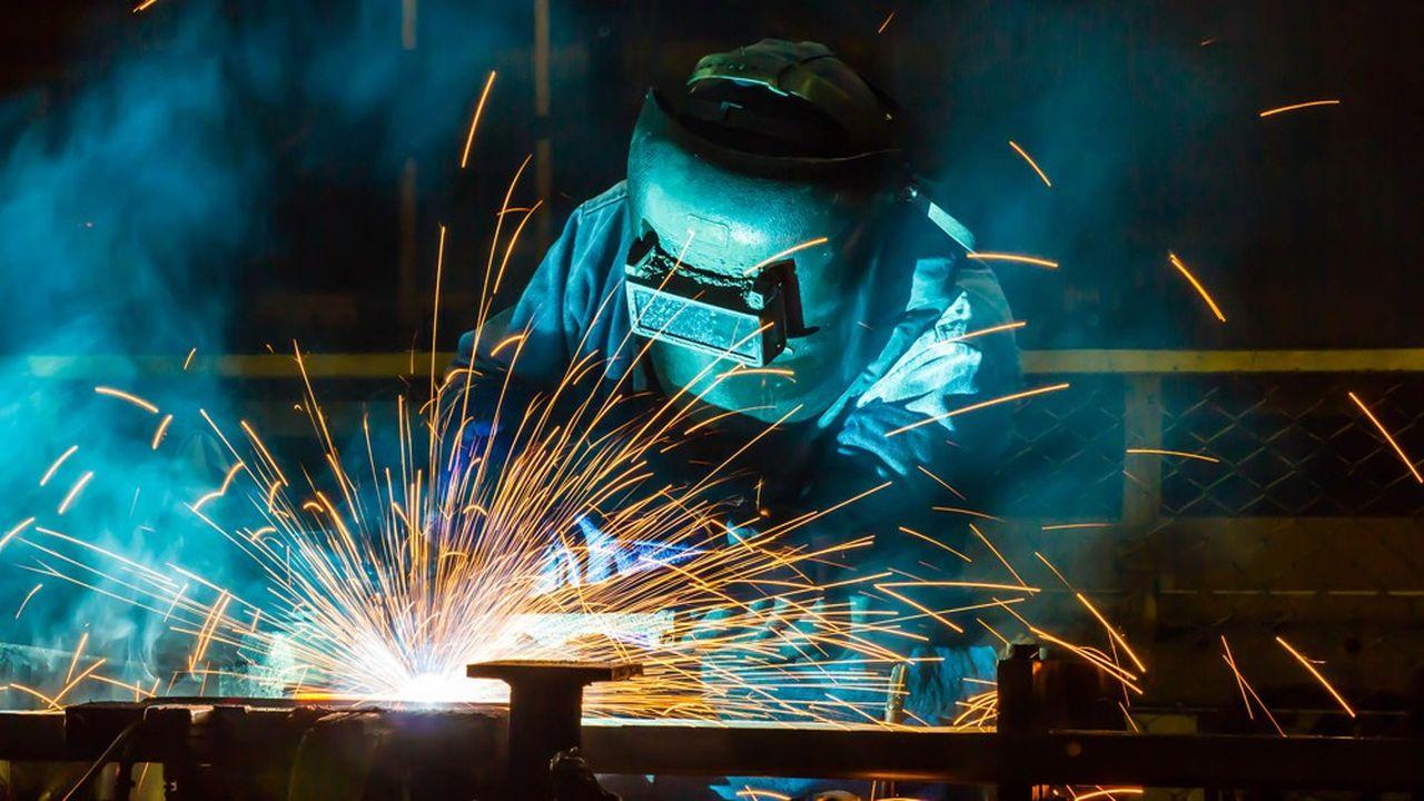 Pour pallier la pénurie des métiers dansla mécanique (soudeur, chaudronnier…), des entreprises se tournent vers l'étranger.