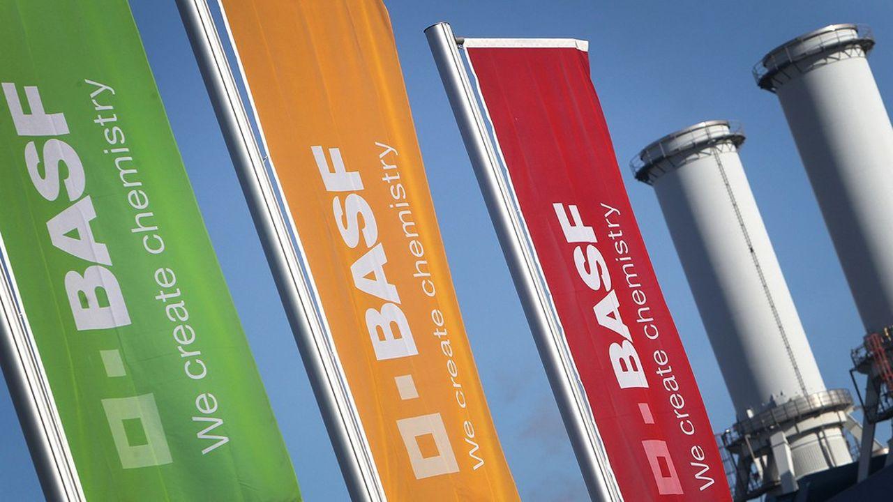 Le premier chimiste BASF connaît son pire exercice depuis dix ans.