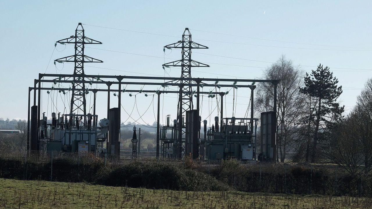 Des coupures ont été constatées sur des postes électriques près de Bordeaux, Nantes et Lyon.