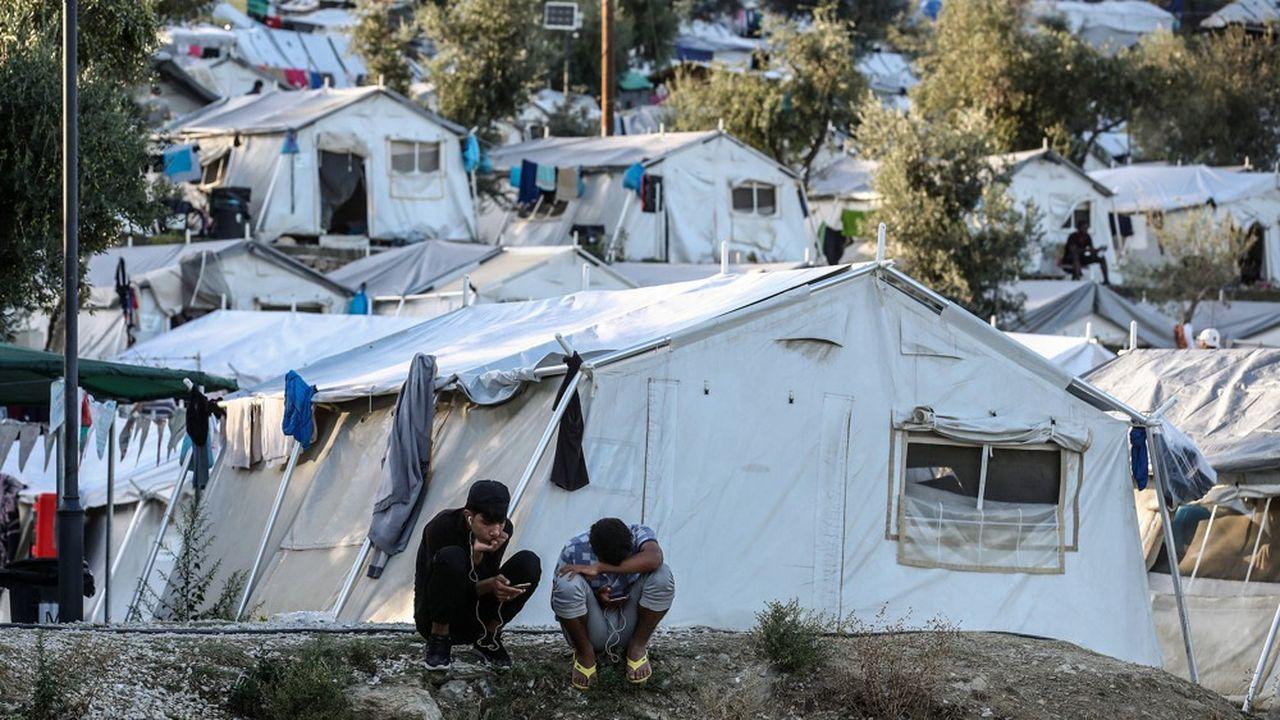 Dans le camp de Moria, sur l'île de Lesbos, en Grèce, les conditions de vie sont devenues inhumaines, selonMédecins sans frontières.