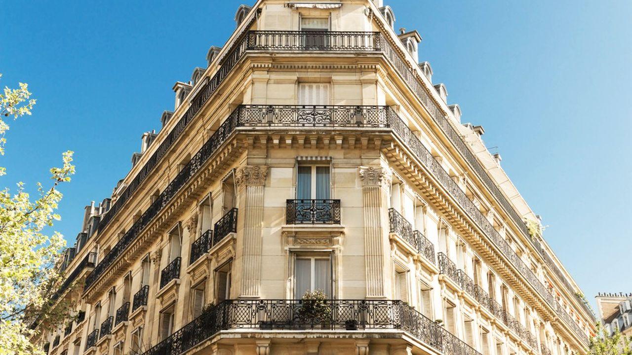 Selon une étude de Proprioo et de PriceHubble, l'immobilier parisien pourrait connaître un tournant en 2020 après les hausses.