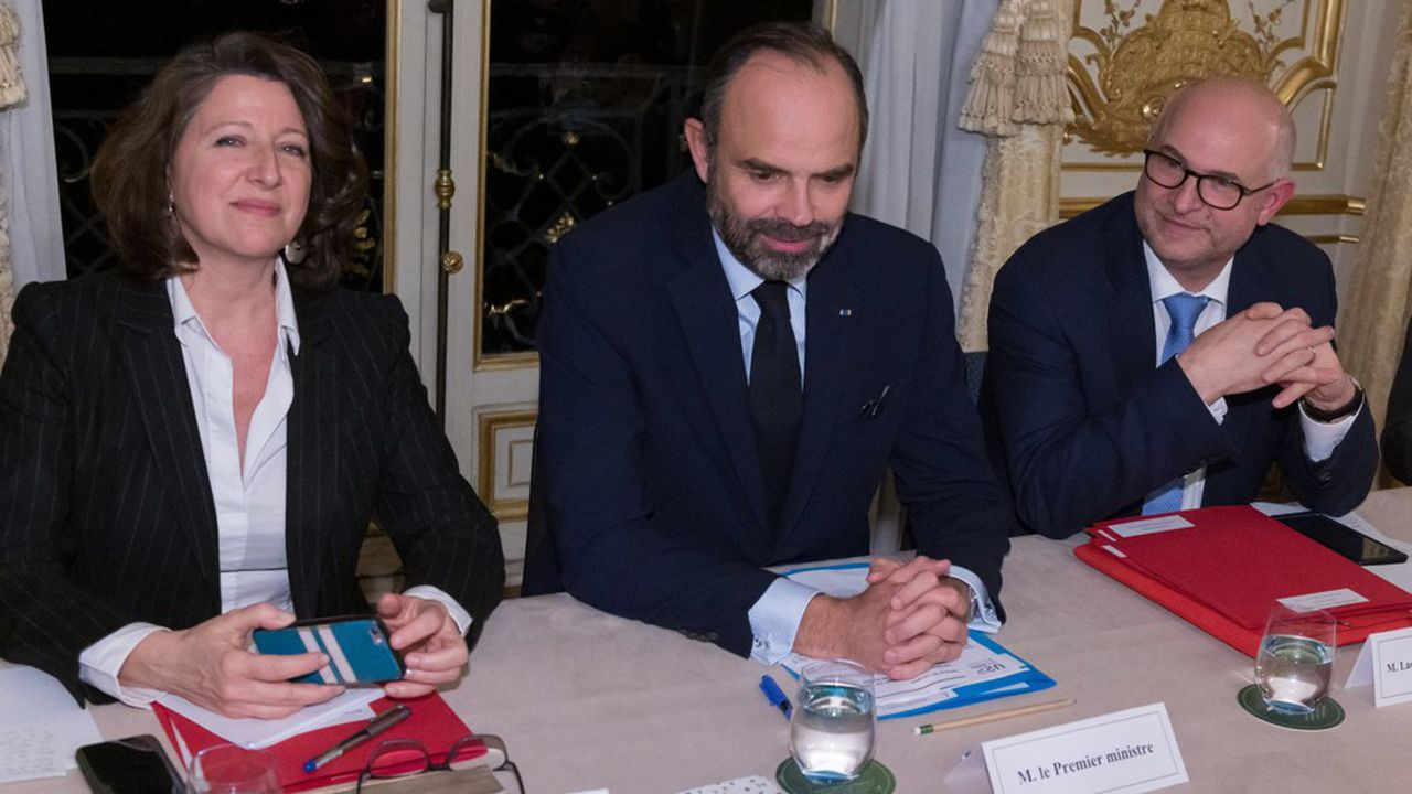 Agnès Buzyn, ministre de la Santé, Edouard Philippe, Premier ministre, et Laurent Pietraszewski, secrétaire d'Etat aux Retraites.