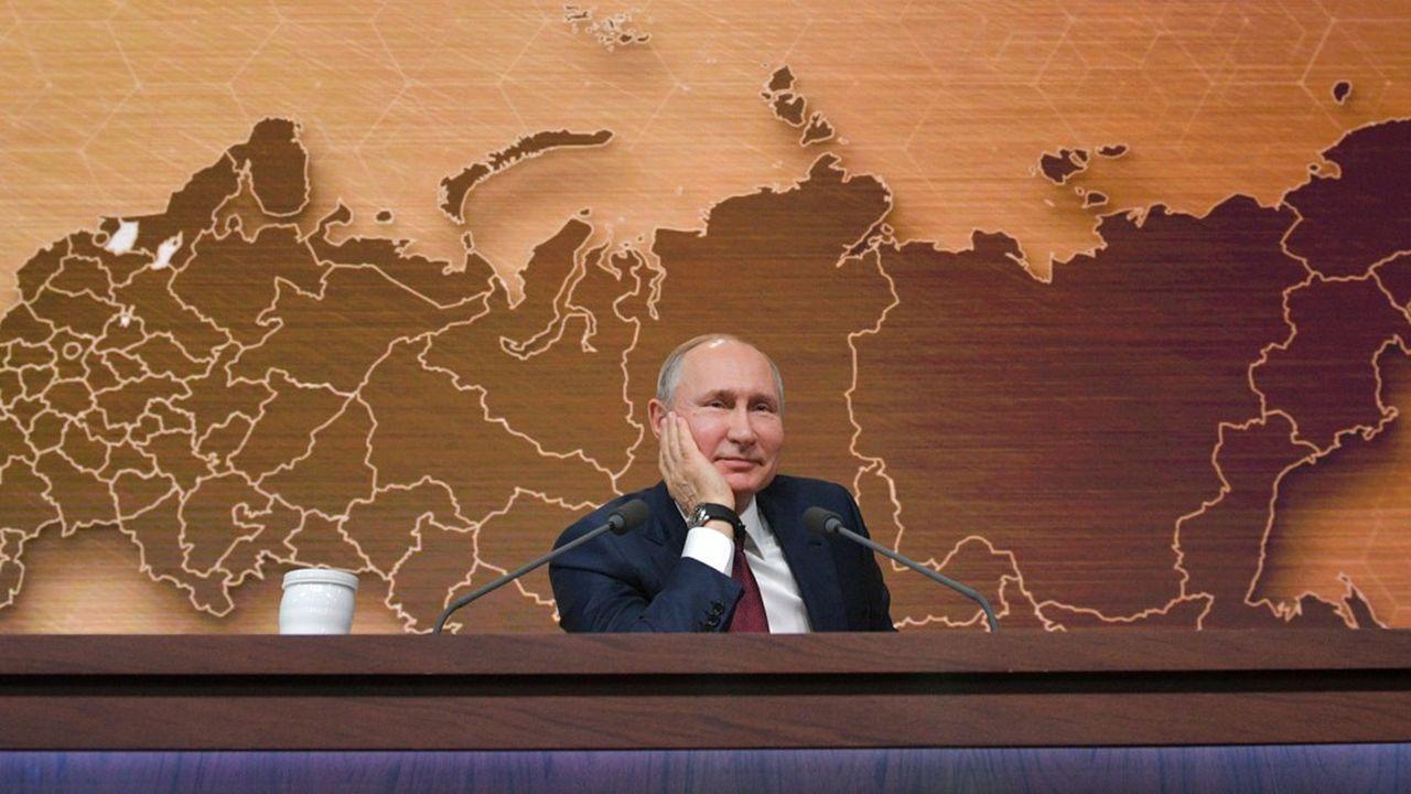 Une réforme constitutionnelleinterdirait tout retour au pouvoir après 2024 du chef du Kremlin qui, en 2018, a été réélu pour six ans.