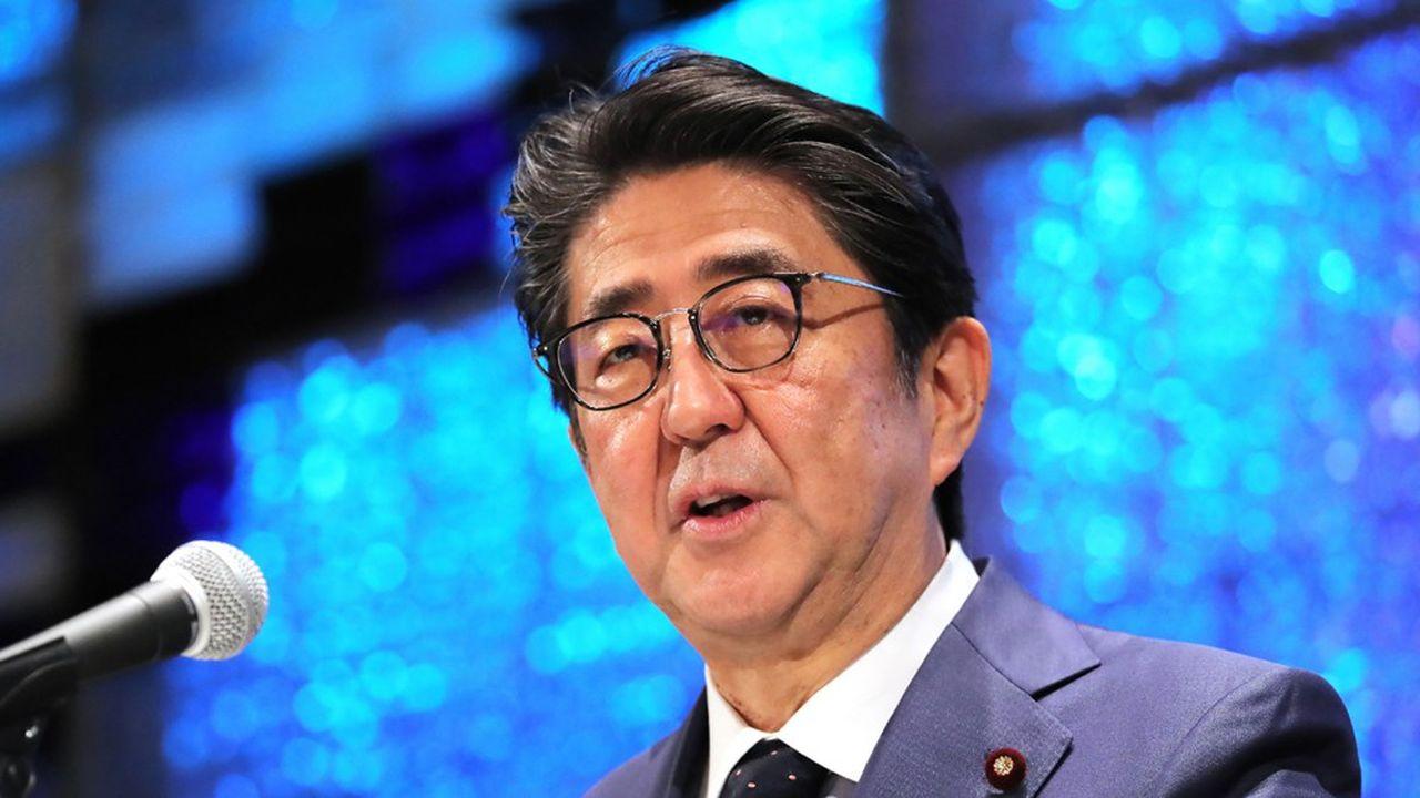 Comme il le fait régulièrement depuis son arrivée au pouvoir fin 2012, le Premier ministre, Shinzo Abe, a aussi plaidé pour une hausse du budget de la Défense.