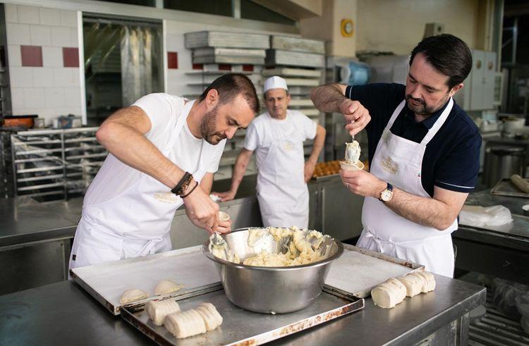 Dans Chef contre Chef (M6), Cyril Lignac affronte Jean-François Piège (à droite) en Italie.