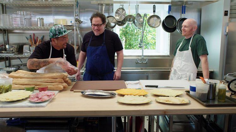 The Chef Show sur Netflix associe gastronomie et showbiz. De gauche à droite: le chef Roy Choi, l'acteur-réalisateur Jon Favreau et leur invité, l'humoriste Bill Burr.