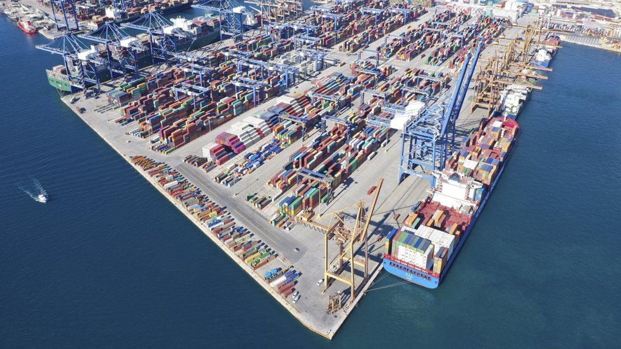 Le port à conteneurs du Pirée en Grèce est passé sous contrôle chinois.