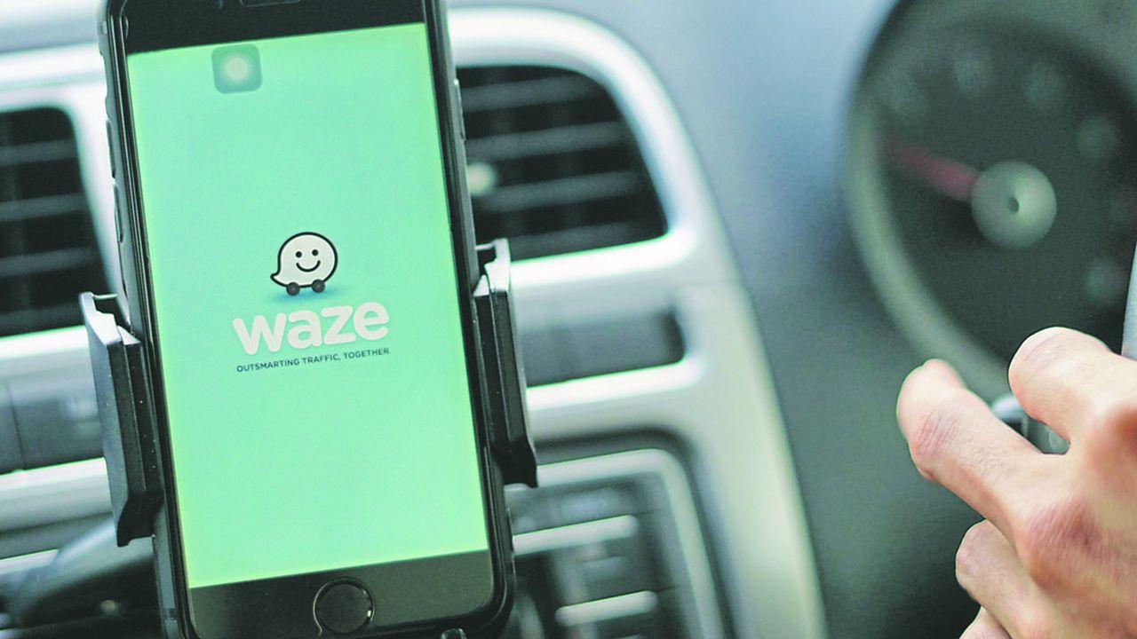Depuis le début de la grève l'application communautaire Waze est parvenue à rester en tête du classement, devant Blablacar.