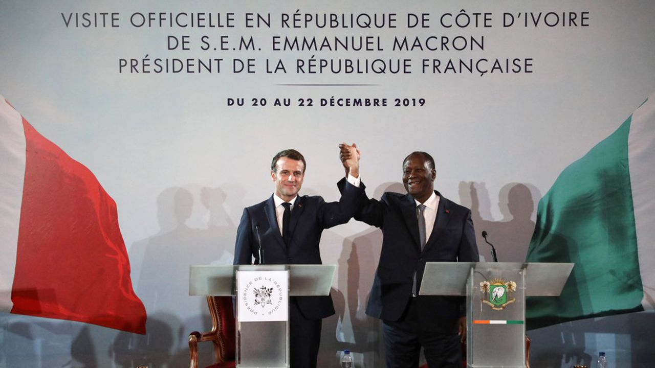 Emmanuel Macron et son homologue ivoirien Alassane Ouattara.