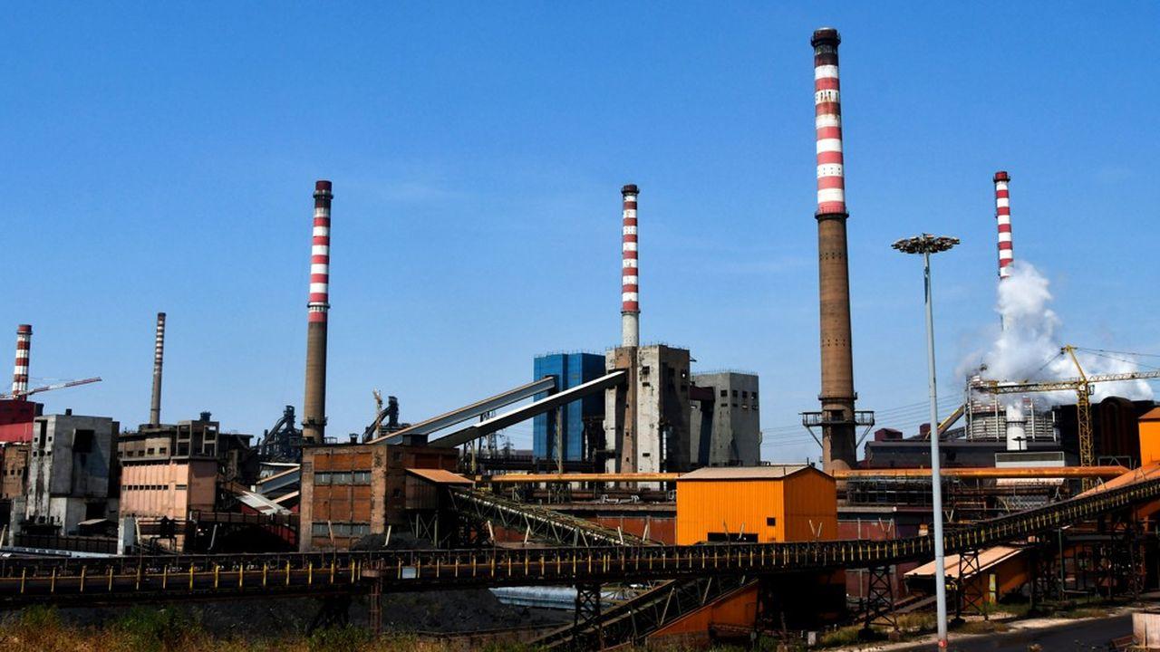ArcelorMittal a annoncé le 4novembre son intention de se retirer du sidérurgiste ayant appartenu auparavant à la famille Ilva, et que le groupe européen avait repris fin 2018.