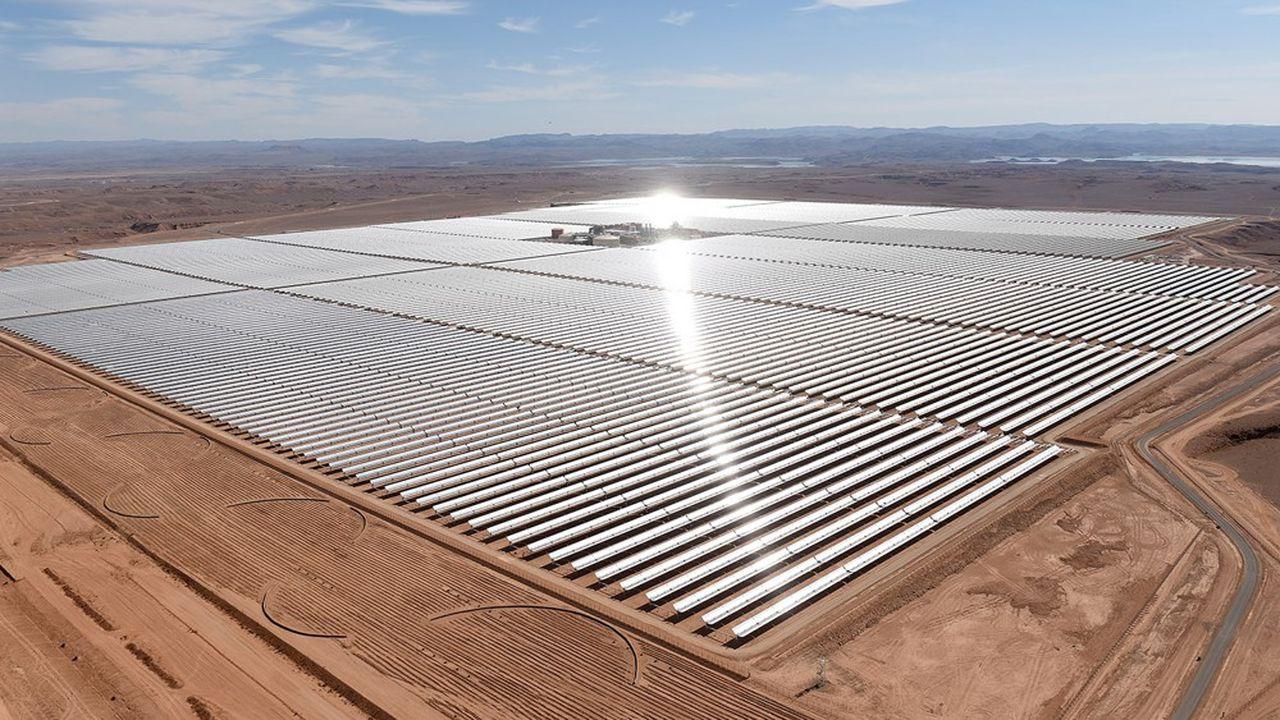 Dans certains pays, le coût de l'électricité produite dans des centrales solaires tourne autour de 1 à 2 centimes du kilowattheure. En France, il est plutôt de 6 centimes.