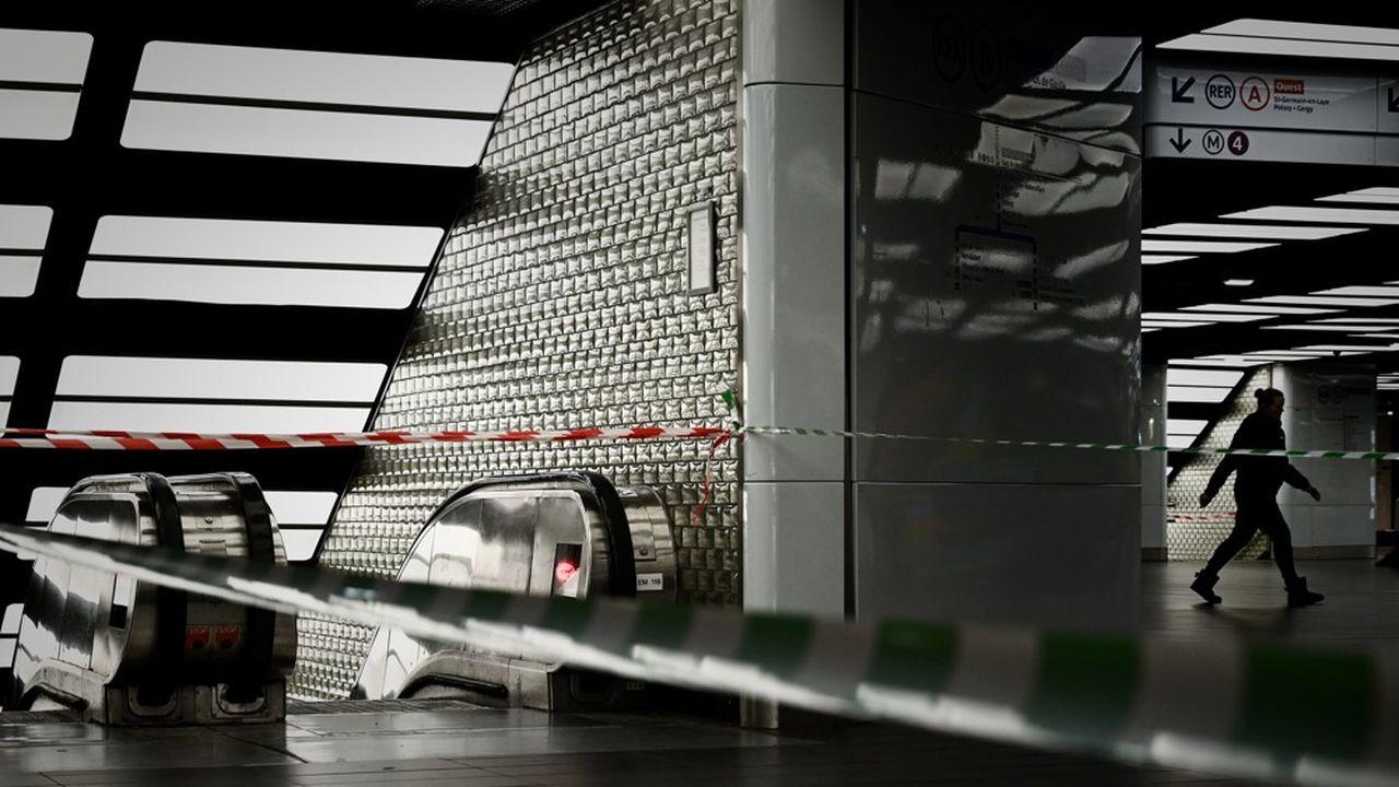 A la RATP, comme précédemment, seules les lignes automatiques 1 et 14 fonctionnent normalement.