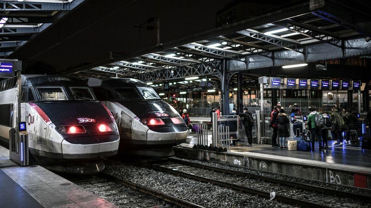Aucun TGV ne circulera dans les gares parisiennes avant le début d'après-midi.