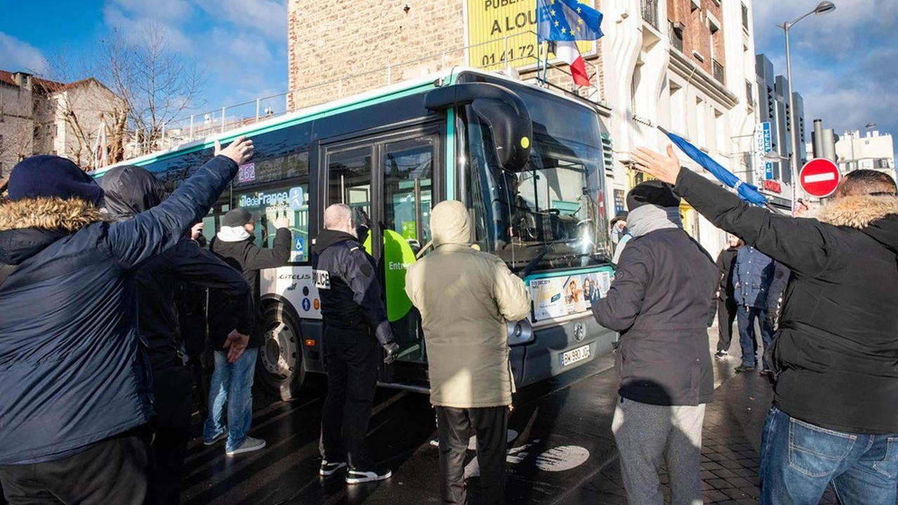 Le mouvement contre la réforme des retraites perturbe les transports publics depuis le 5 décembre.