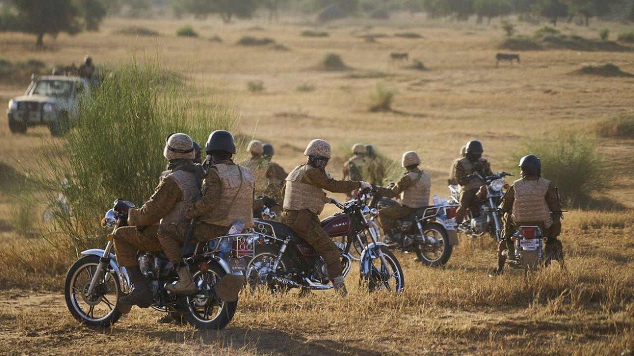 L'attaque visait initialement les forces armées burkinabées.