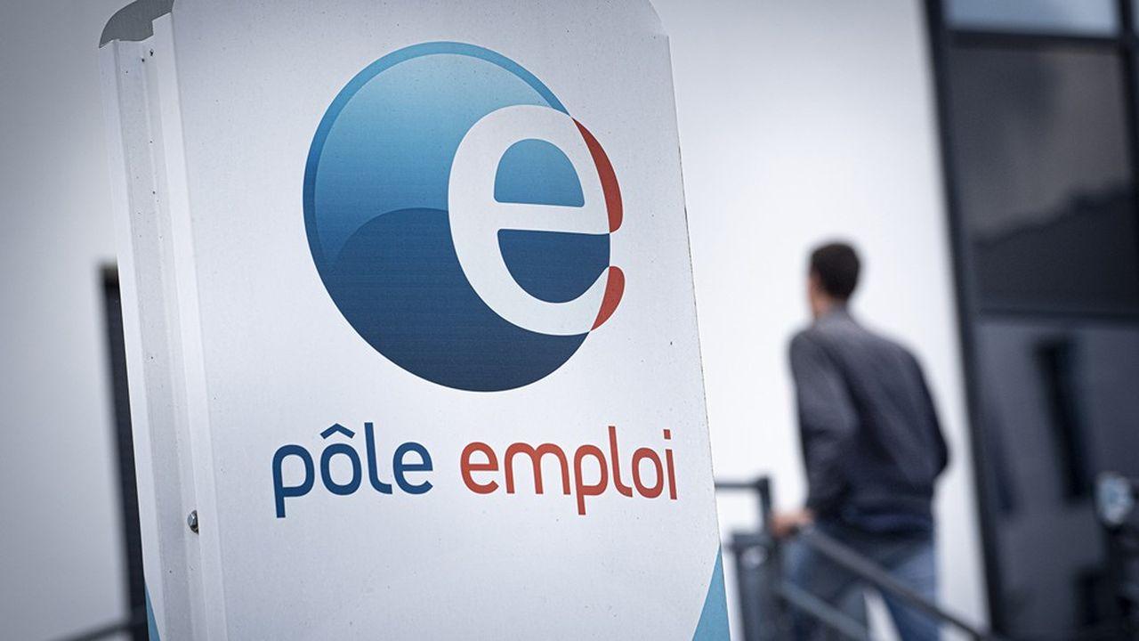 L'Insee anticipe 263.000 créations d'emplois cette année en France et un taux de chômage en baisse.
