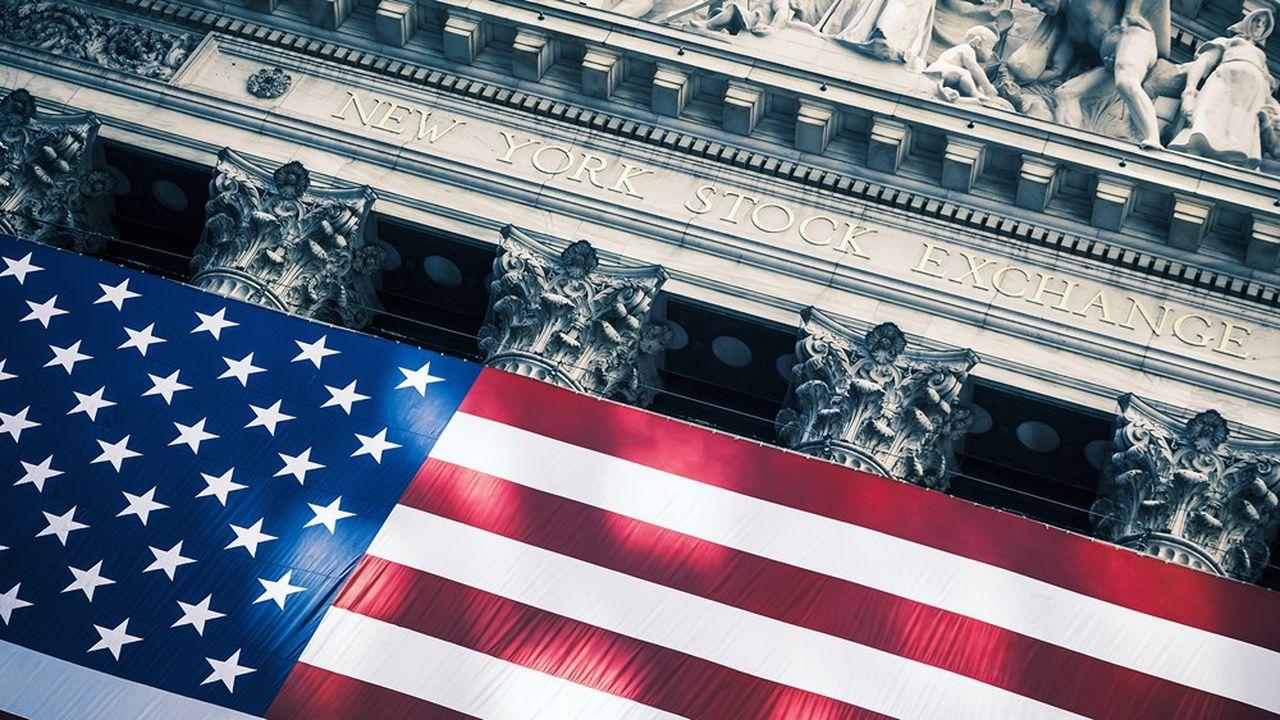 Pour l'année 2020, Bank of America pariait début décembre sur un indice S & P 500 à 3.300 points à horizon d'un an, mais il dépasse déjà 3.200 points.