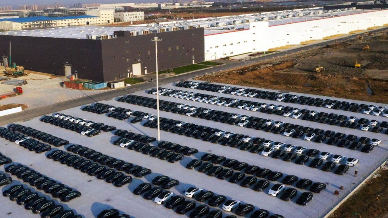 La gigafactory de Tesla près de Shanghai, en CHine, a commencé à produire fin octobre2019.
