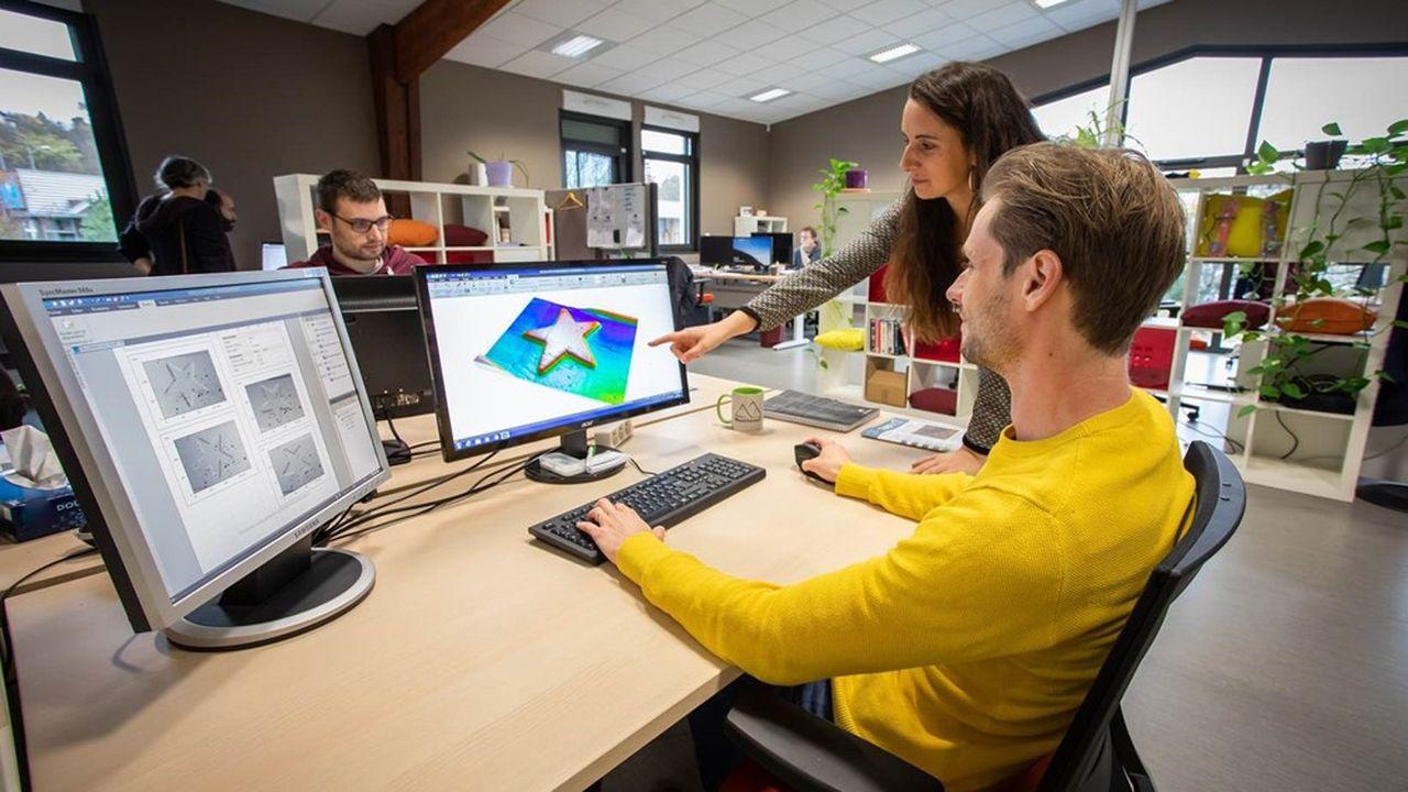 Le contrôle de dimension ou de texture que permet le logiciel de Digital Surf concerne un large éventail de matières, matériaux haute performance, tôle des voitures ou encre des timbres.