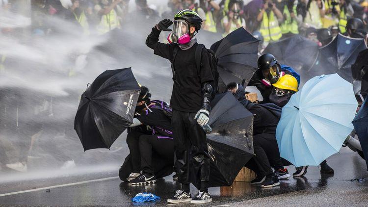 Le mouvement de constatation à Hong Kong est né en juin2019 d'un projet de loi qui visait à autoriser les extraditions vers la Chine continentale.