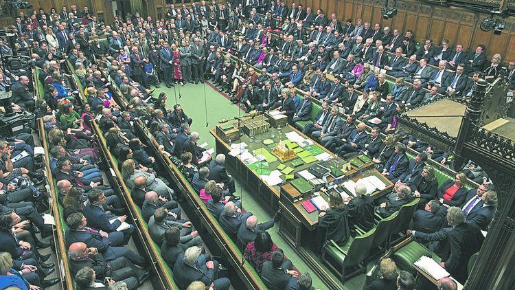 Le 15janvier, Theresa May essuie une défaite historique à la Chambre des communes.