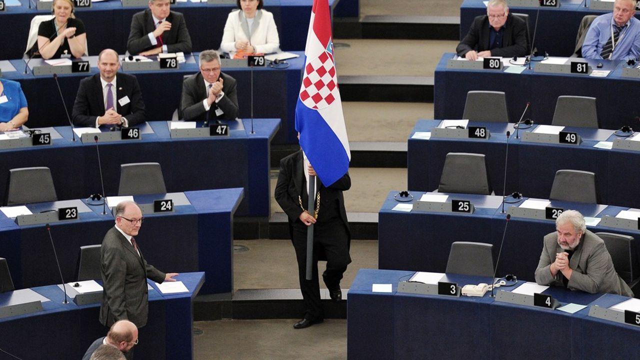 Le drapeau croate a fait son entrée dans l'hémicycle européen le 1erjuillet 2013.