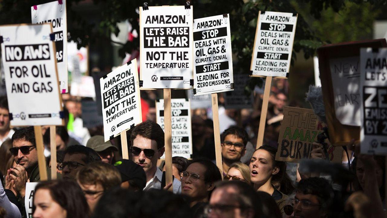 Un peu moins de 2.000 employés de l'entreprise ont participé aux marches pour le climat en septembre, interpellant le groupe sur sa responsabilité climatique.