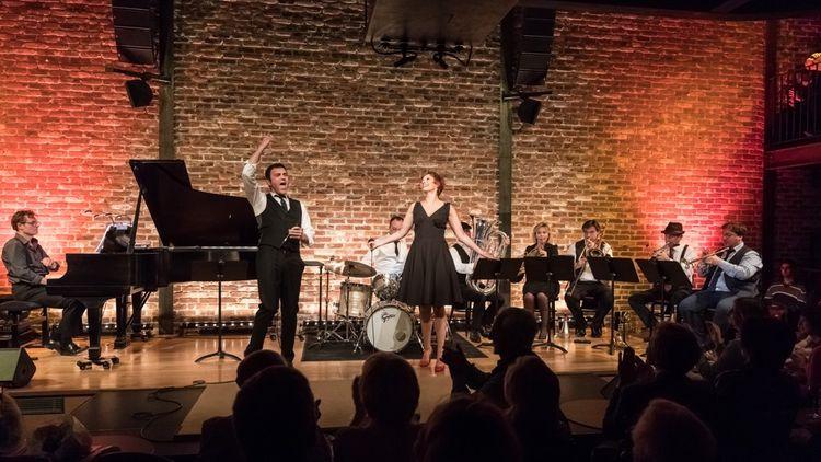 Concert d'Isabelle George, Frederik Steenbrink et l'Ensemble Magnifica, dans Lumières sur Broadway au Bal Blomet.