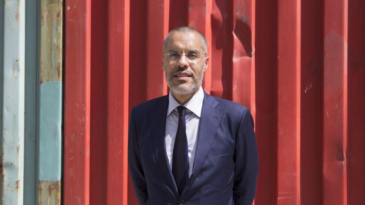 A 53 ans, Kamel Mennoiur figure parmi les plus importants galeristes parisiens.