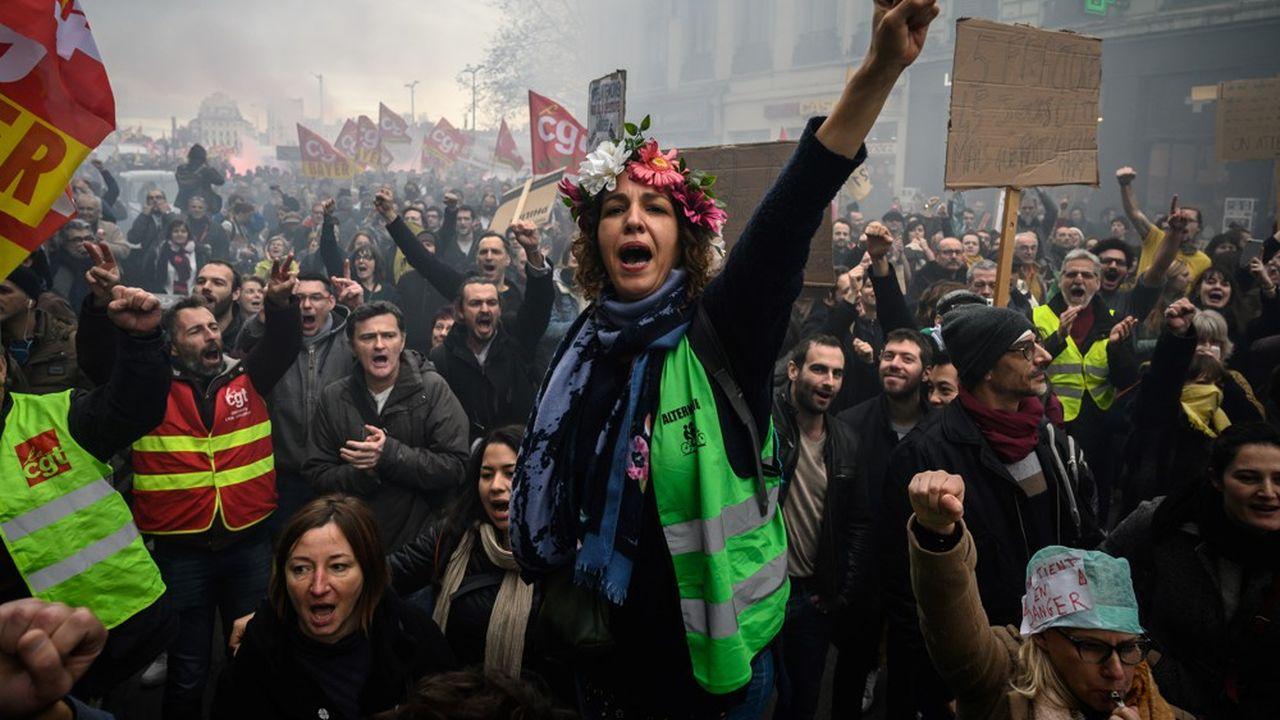 Le 17décembre, entre 339.000 personnes selon la police et 1,8million selon la CGT ont manifesté dans toute la France à l'appel des syndicats contre la réforme des retraites.