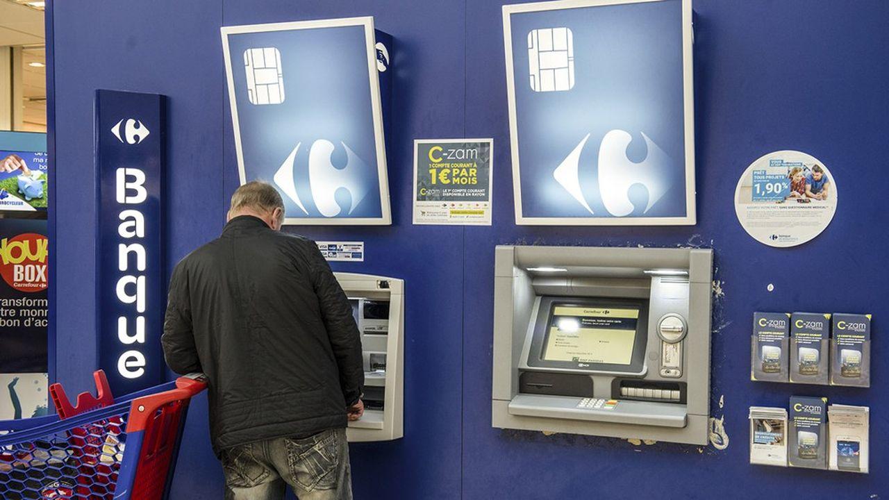 La tentation est grande pour Carrefour Banque de se repositionner sur son produit phare, la carte Pass.