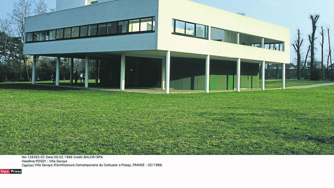 Le bâtiment neuf se situeraà quelques pas de l'emblématique Villa Savoye de Le Corbusier à Poissy.