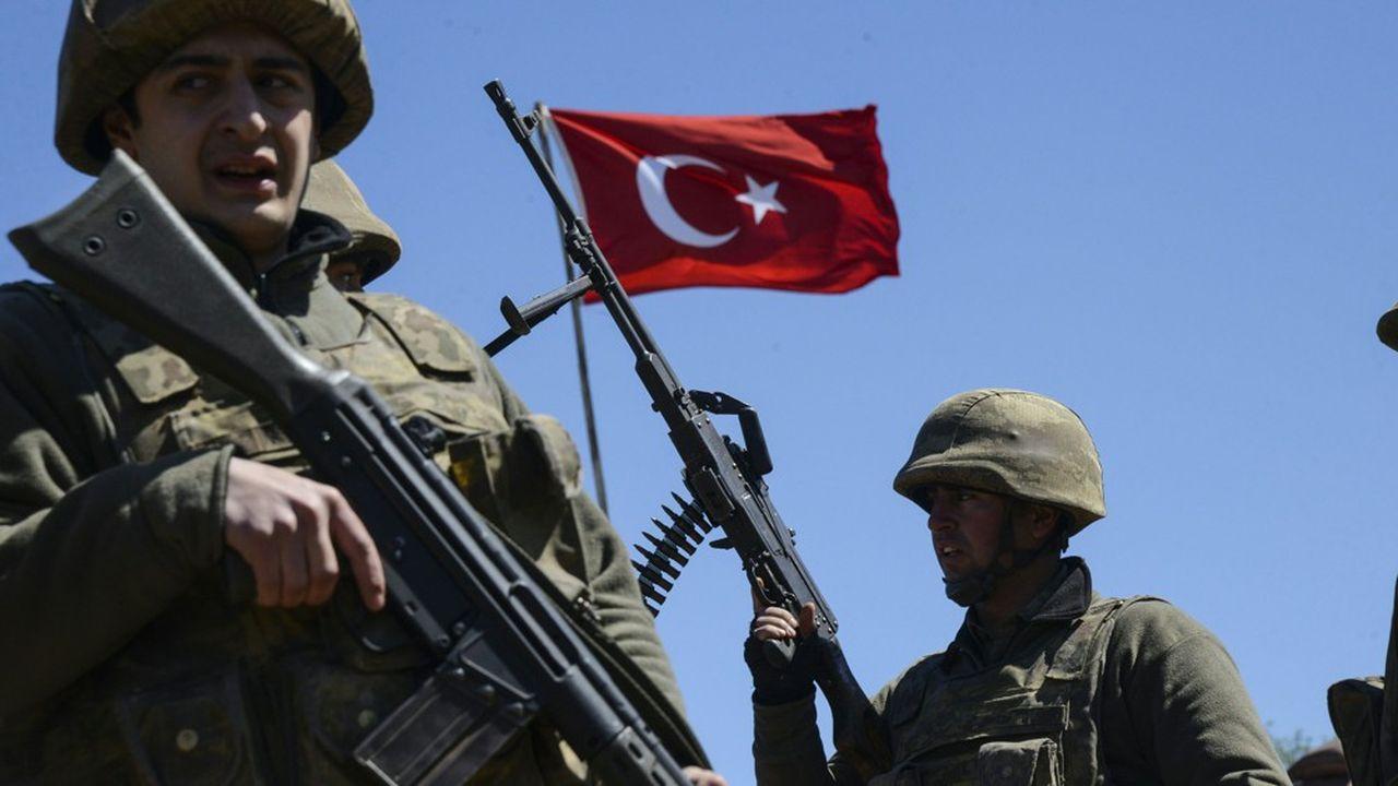 Des soldats de l'armée turque, en mars 2016, à Mardin.