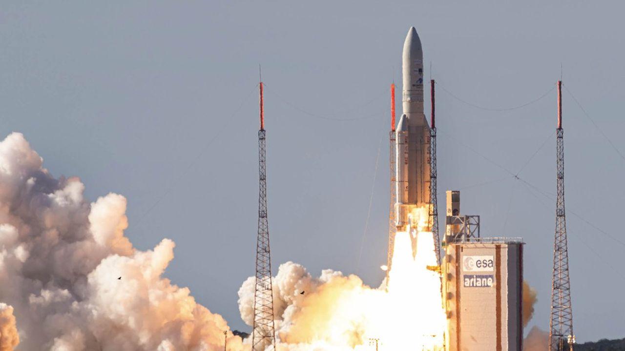 Arianespace déclare avoir encore 11Ariane5 à lancer. Il reste quelques places à prendre, mais elles sont chères, tant le lanceur a prouvé sa fiabilité, avec 106lancements réussis et 218satellites mis en orbite.